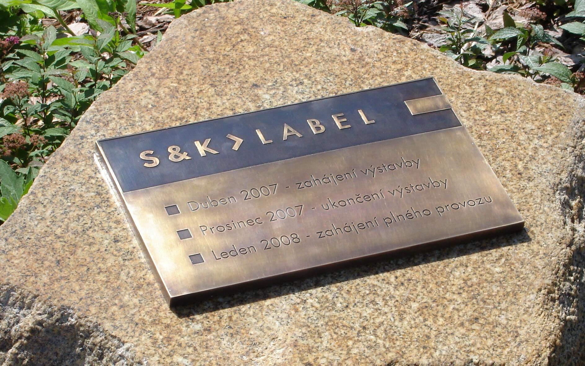 Pamětní tabule - mořená mosaz