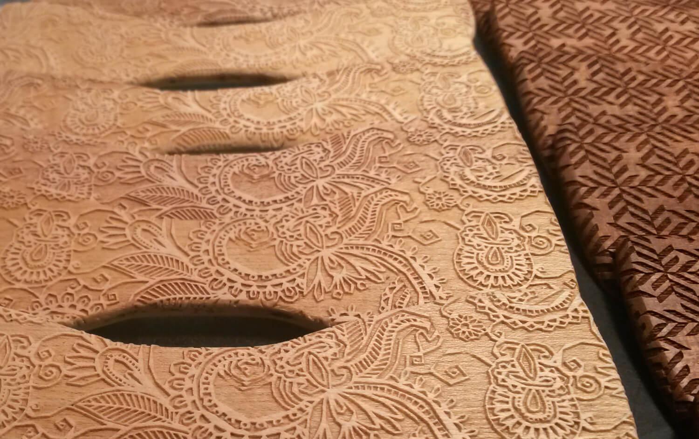 Gravírovaní motivu do dřeva
