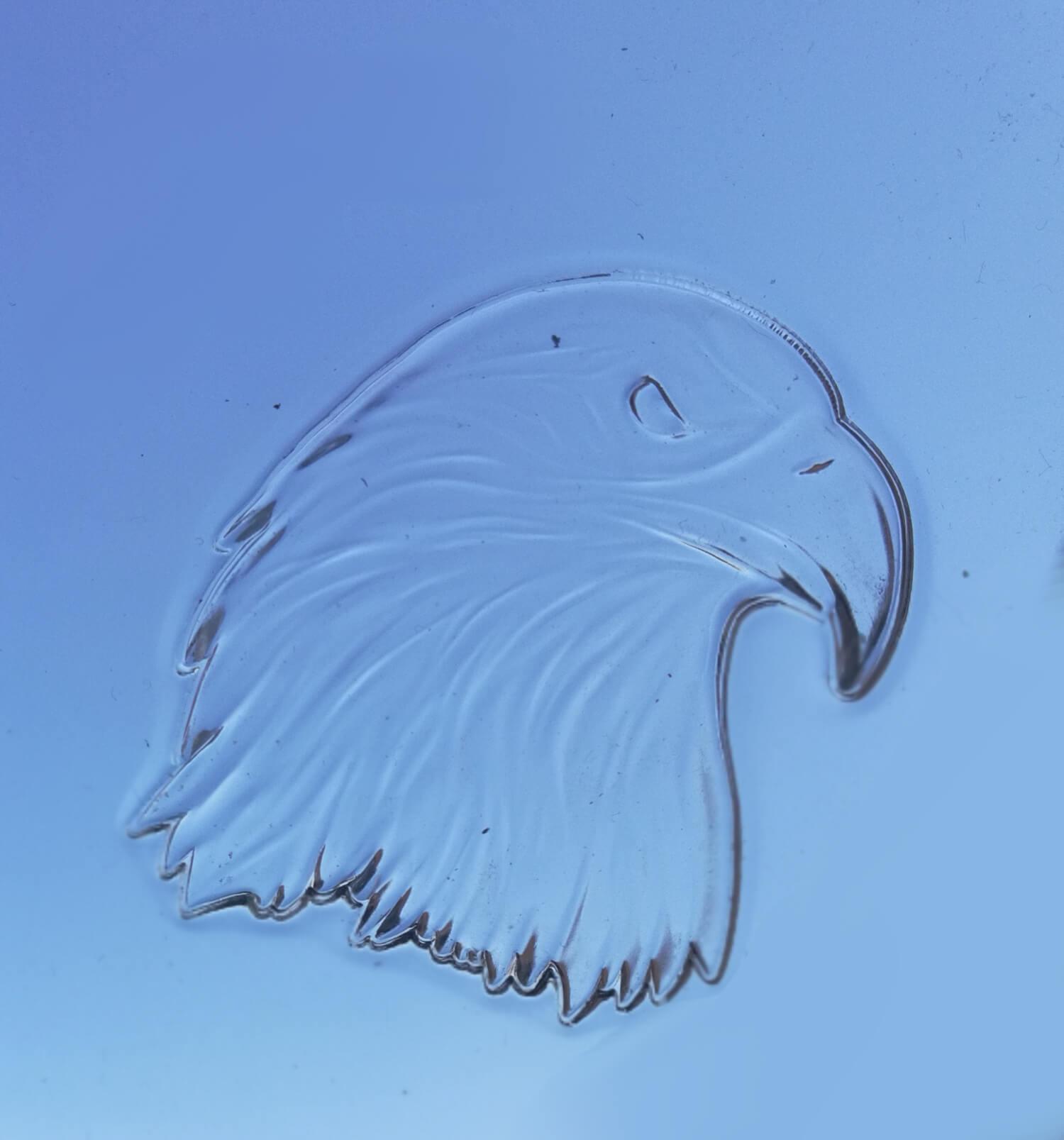 Reliéfní tvarování akrylátu (plexi)